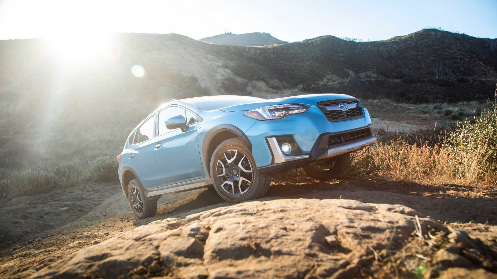 Subaru Introduces Its First Ever Plug In Hybrid Model The New Crosstrek Hybrid It Is Also Capable Off Road Subaru Subarucross Subaru Crosstrek Subaru Car
