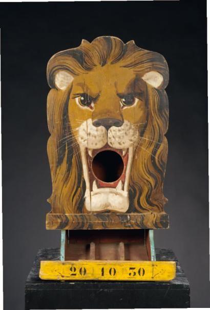 anonyme passe boules t te de lion bois d coup peint france vers 1930 antique vintage. Black Bedroom Furniture Sets. Home Design Ideas