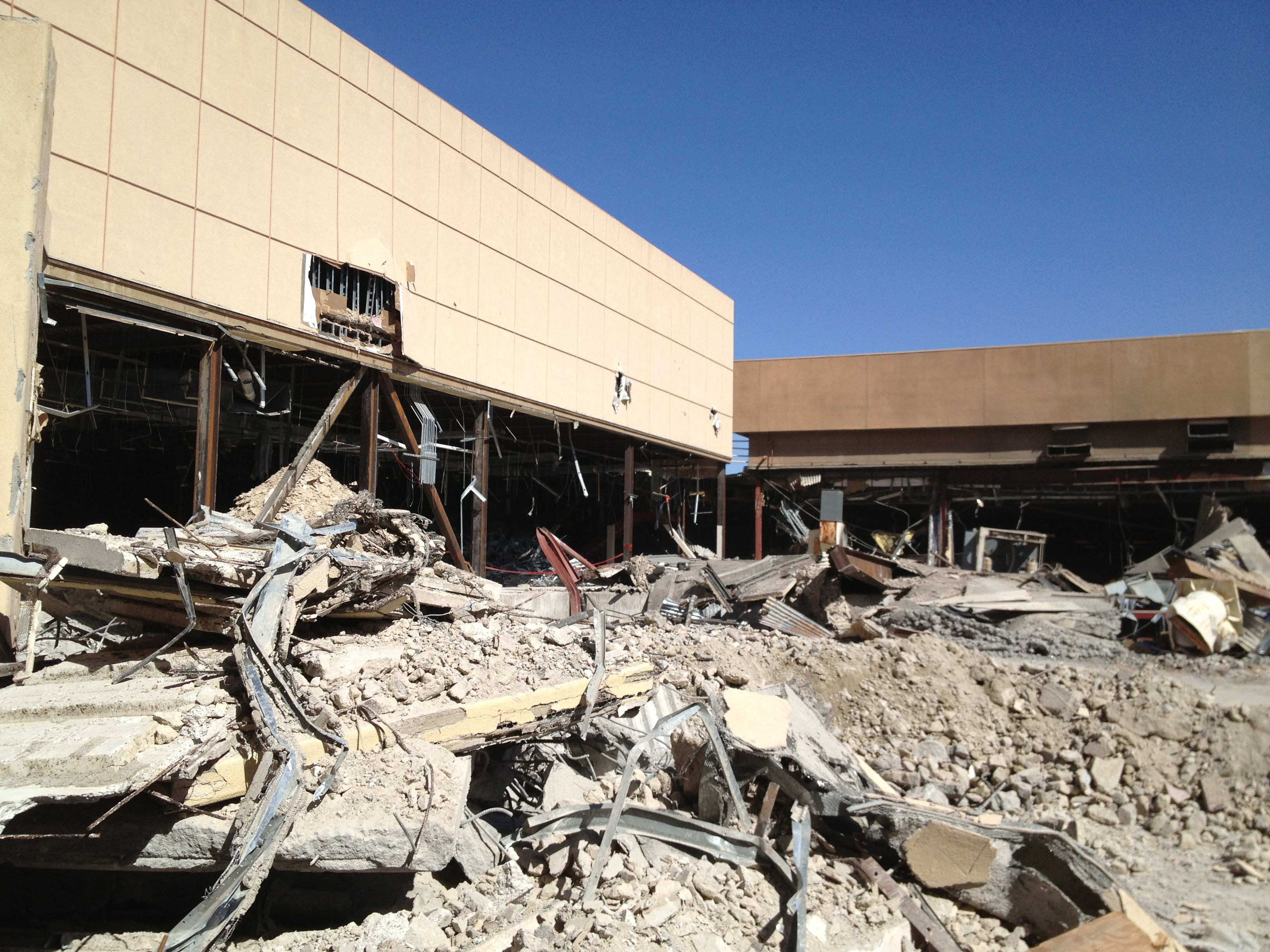 Desert Fashion Plaza Demolition Uptown Palms Fashion Plaza