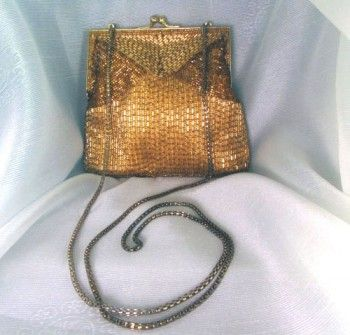Vintage La Regale gold beaded purse at Redrosejewelry.com