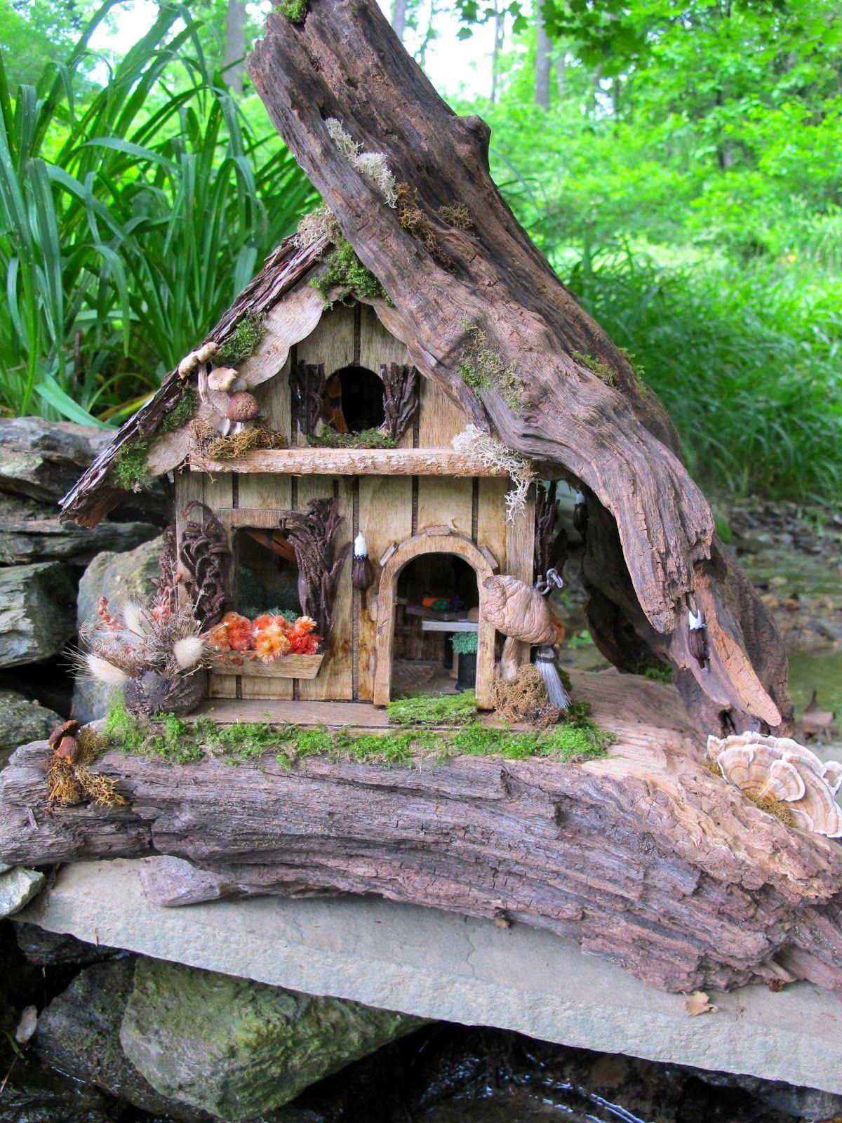 Whimsical Properties Custom Made Fairy Houses Casas En 400 x 300