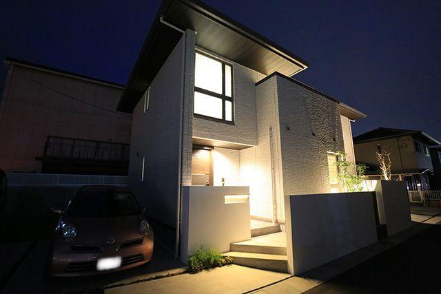 シンプルモダン外構 lightingmeister gardenlighting