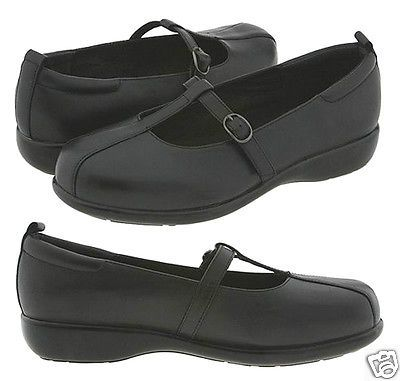 p.w. minor Diva Black Leather Support Comfort T-strap Shoes 9� XW - New