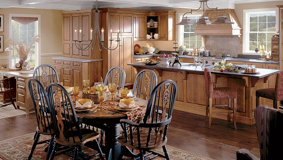 Colonial Kitchen Cabinetry   Cross Creek From Wood Mode   Large