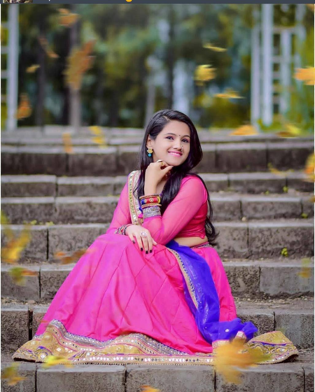 Marathi actress   Girl photo poses, Girl photography poses ...