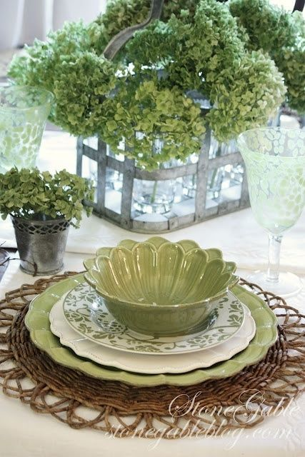 green table setting ideas with hydrangeas.