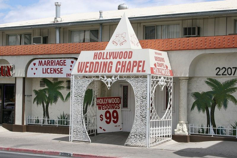 Vegas wedding chapel