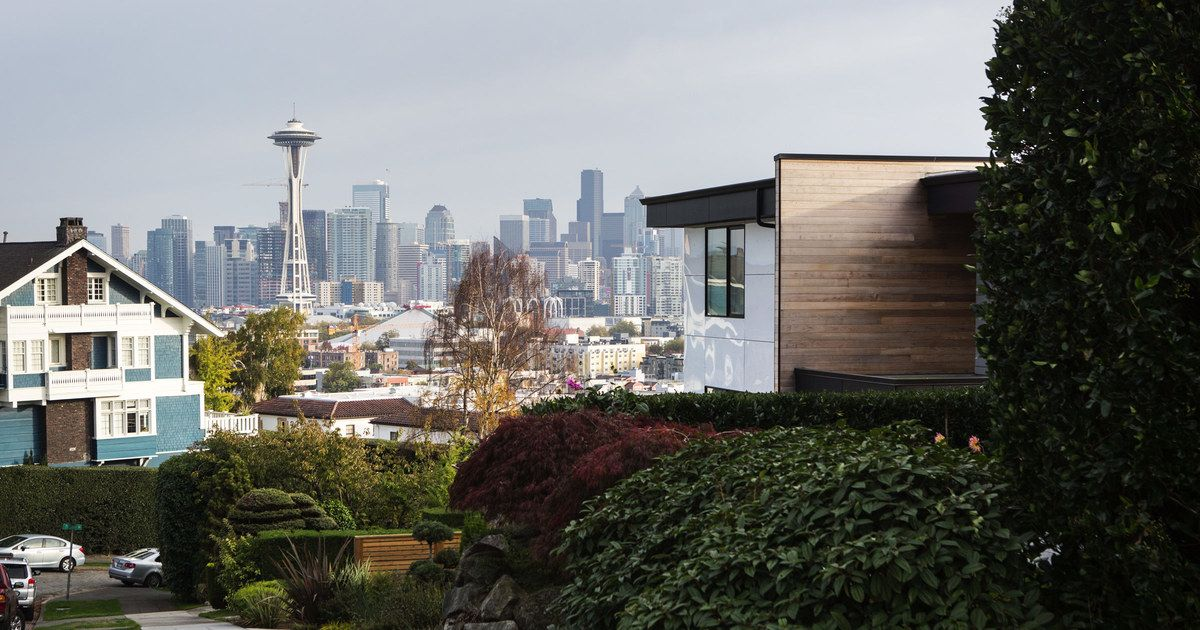 Close To The City Center Lower Queen Anne Is Within Walking Distance Of Many Restaurants