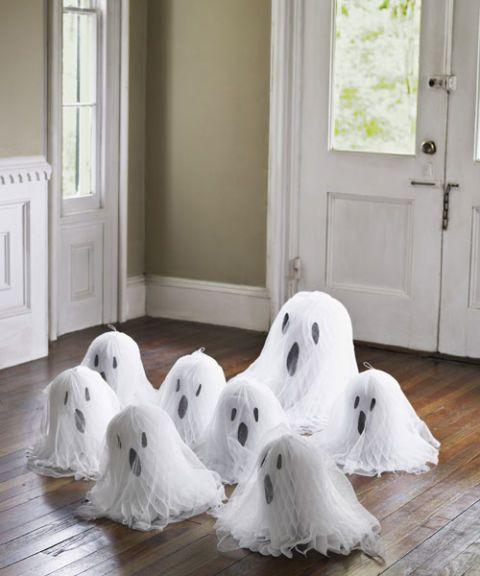 Geister DIY Papiergeist Papier Halloween Deko #diyhalloweendecorations
