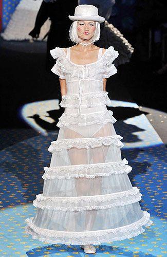 BETSY JOHNSON WEDDING DRESS | BETSEY JOHNSON - Forever Young ...