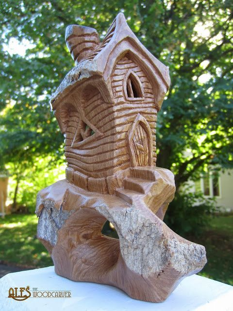 Bark Carving Lighthouse | Pinned By Chainsaw Carving Art Bill Http ... Kettensaegenkunst Holz Carving Motorsaege