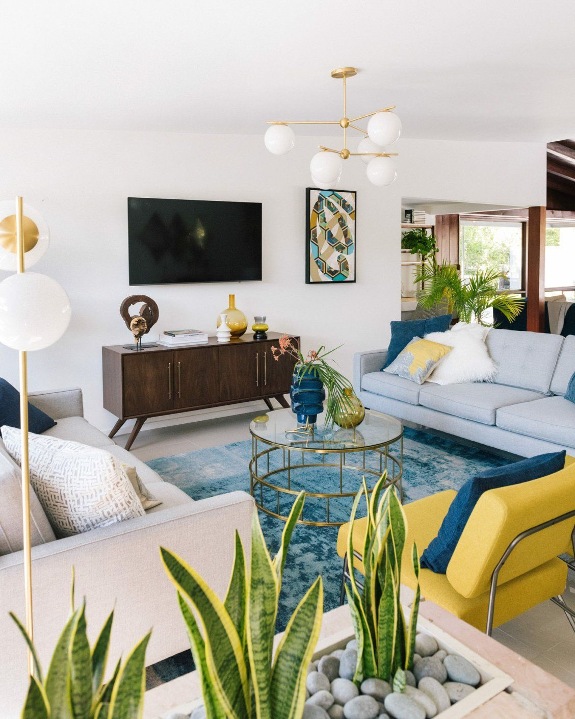 Living The Modern Life In Palm Springs Front Main With Images