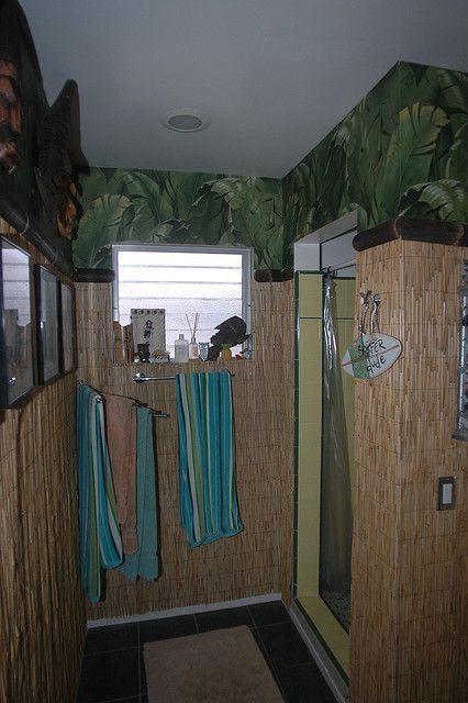 Tiki Bath Wall Paper Room
