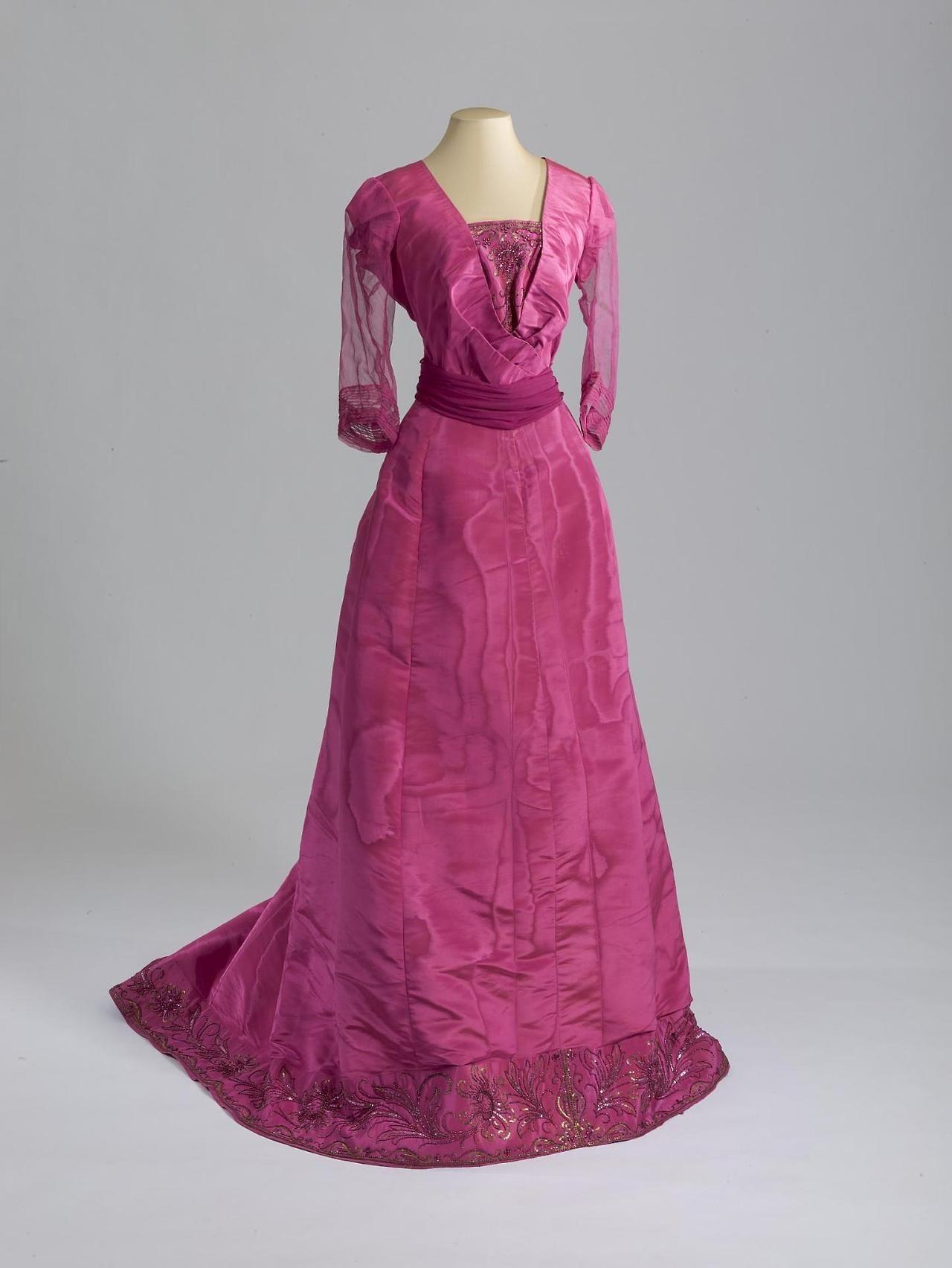1909 Evening Dress. | Vintage dresses, shoes ect | Pinterest