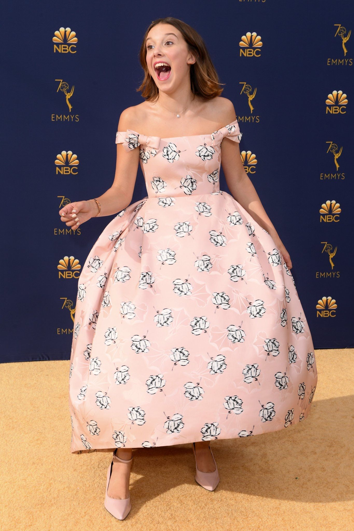 Millie Bobby Brown At The 70th Television Academy The Emmy Awards Millie Bobby Brown Bobby Brown Famosos