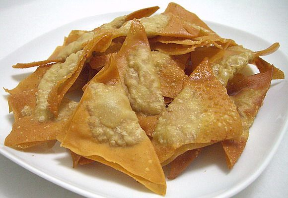 Wontons have been made in china since as far back as the 13th wontons have been made in china since as far back as the 13th century and are easy chinese food recipesasian forumfinder Images