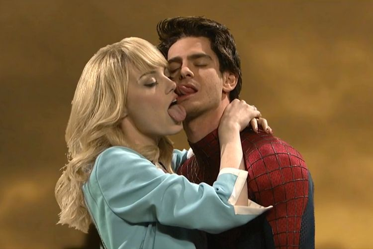 Emma Stone And Andrew Garfield S Hilarious Snl Spider Man Skit