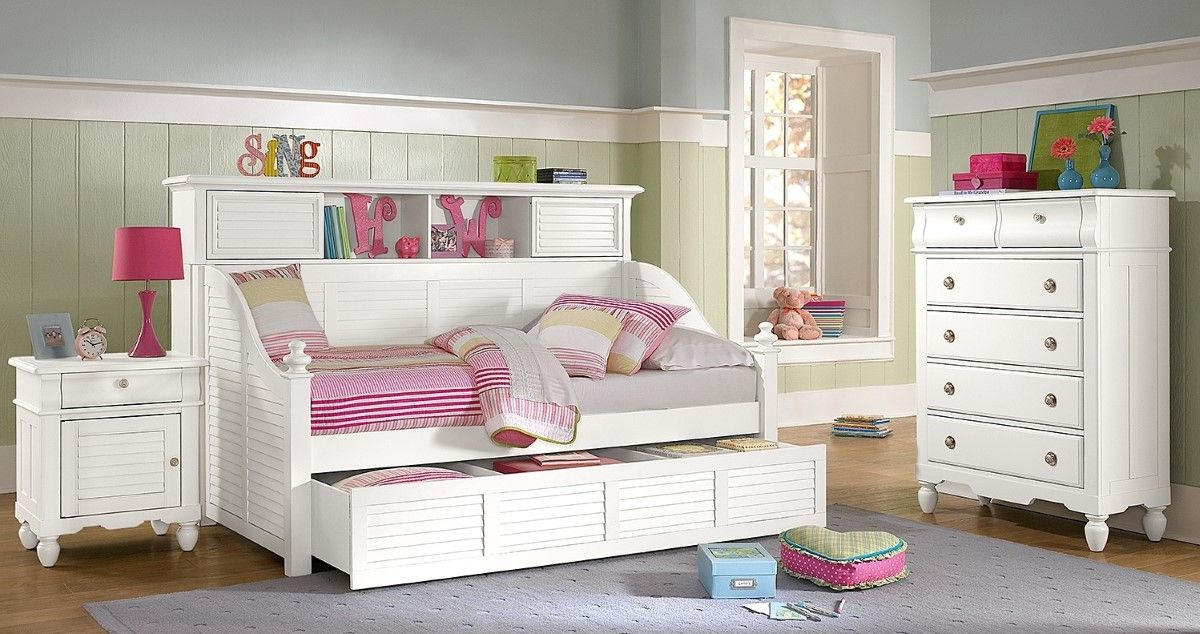 Compact Kids Bedroom Interior Design With Compact White Trundle Beds  Overlooking With Neoteric White Drawer | The Stripe White Purple Concept  For Children ...