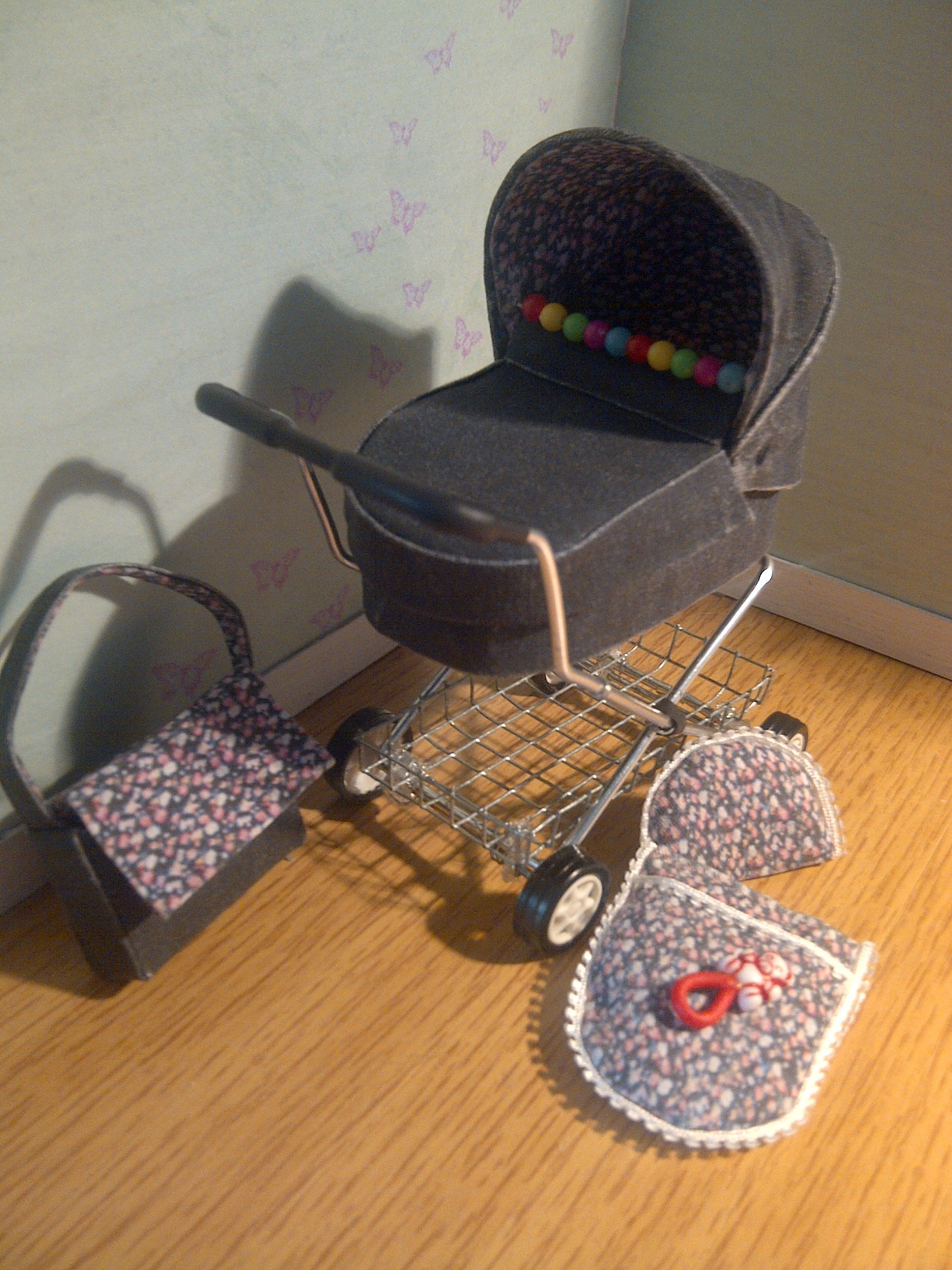 1/12th scale miniature pram by Teenytinythings miniatures
