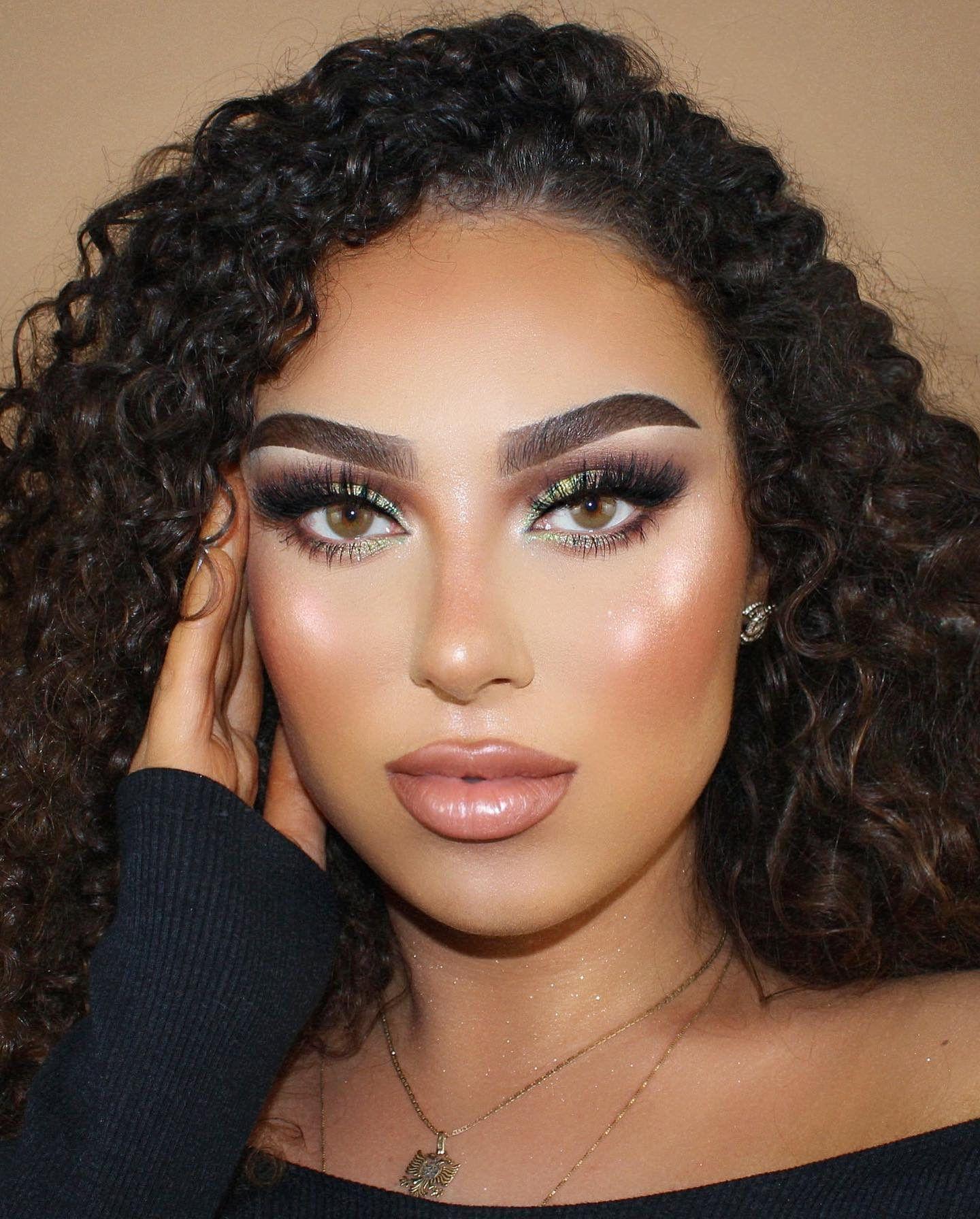 Enchanted Eyeshadow Palette in 2020 Eyeshadow, Eyeshadow