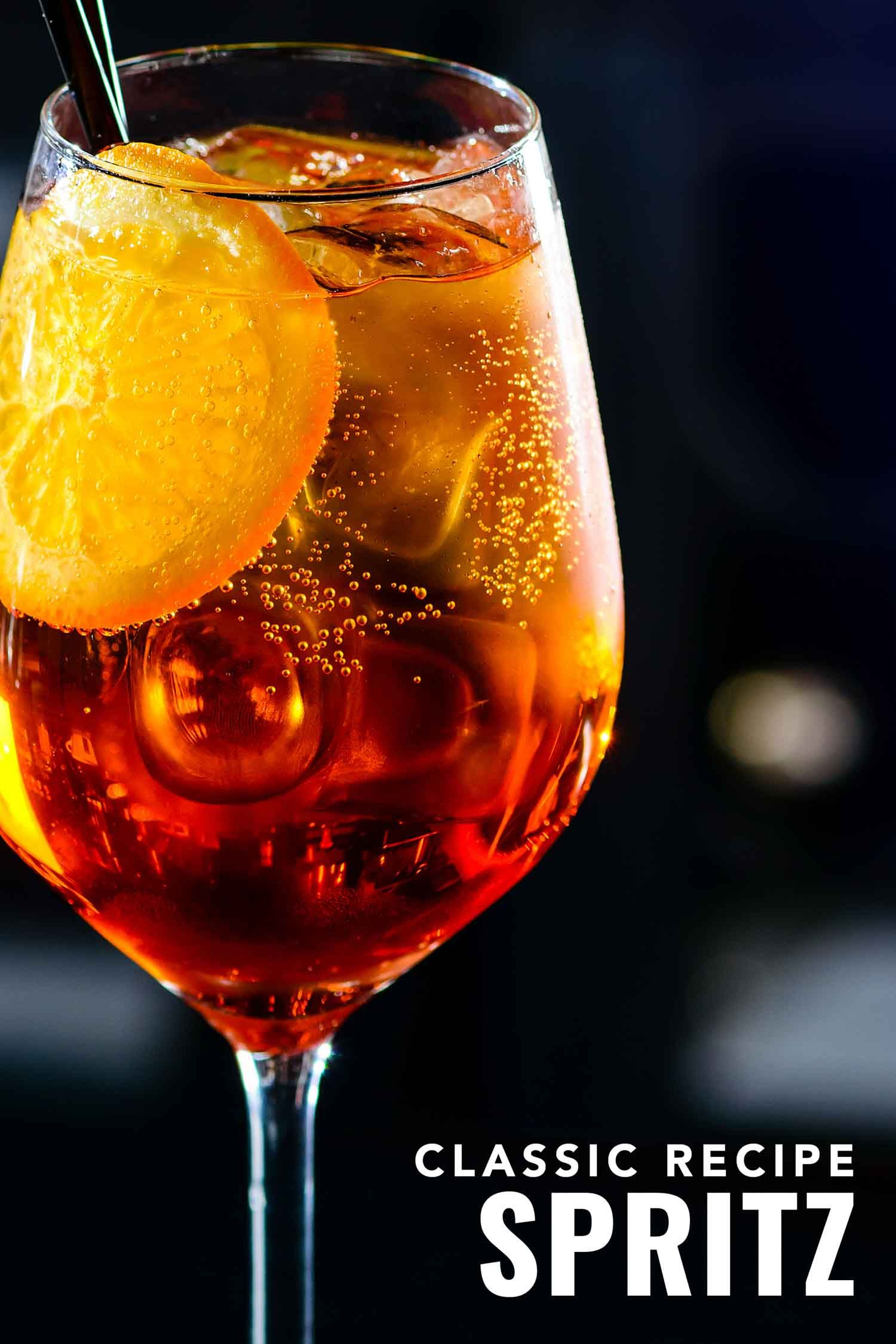 The Most Popular Drink In Italy Is The Spritz Cocktail Find Out Why It S So Popular And How To Make One If You Re Hea In 2020 Most Popular Drinks Spritz Drink