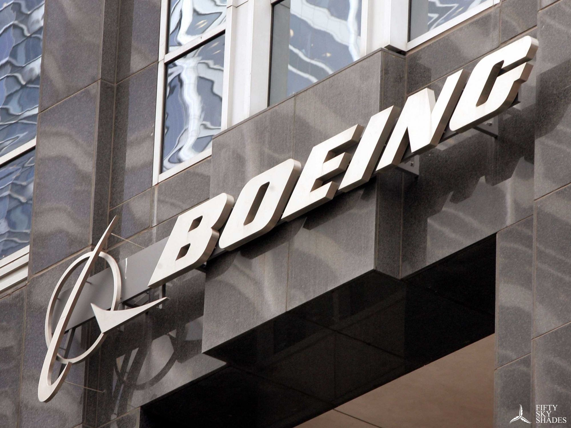 Boeing, GE Capital Aviation Services Celebrate Delivery of