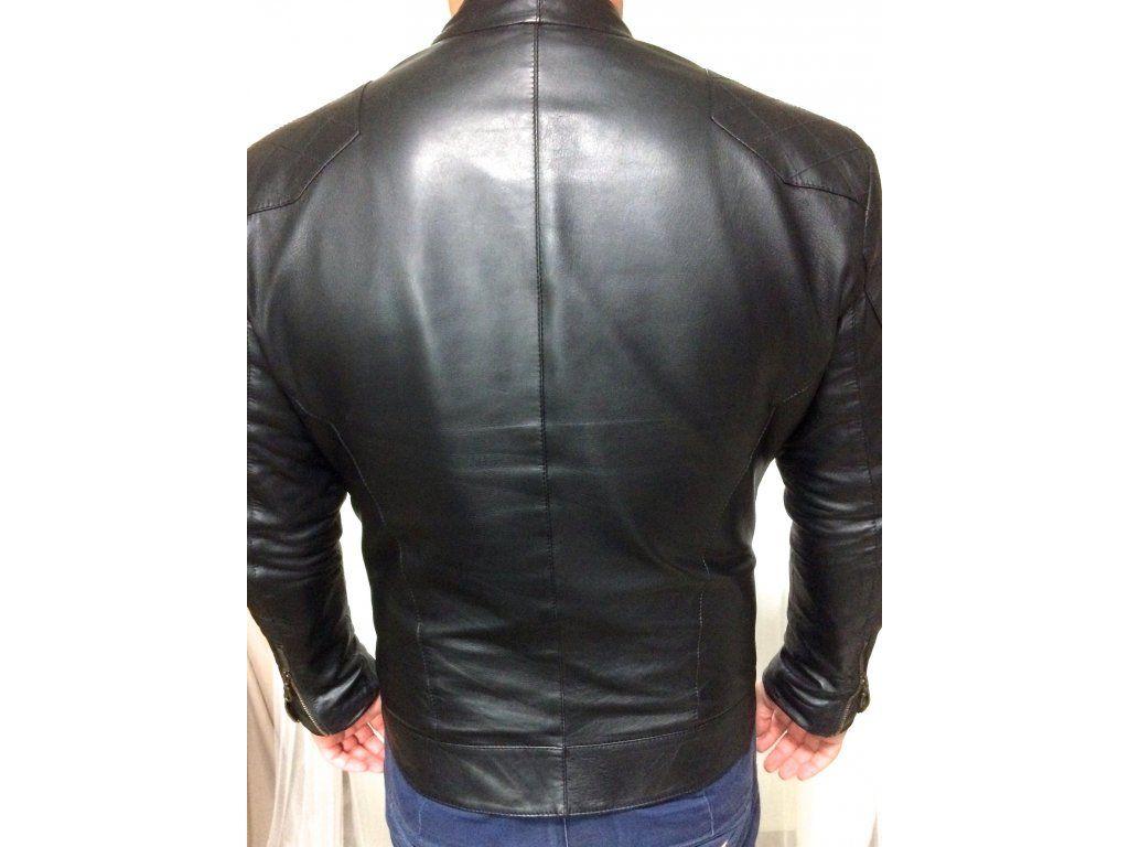 Pánská kožená bunda. bunda je ušitá z nejjemnější jehnětiny výraznější  zdobení na ramenou střih opticky 318b1d70807