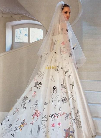 el vestido de angelina jolie | celebrity weddings | angelina jolie