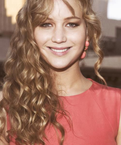 """""""Everything has beauty, but not everyone sees it"""" -Jennifer Lawrence."""