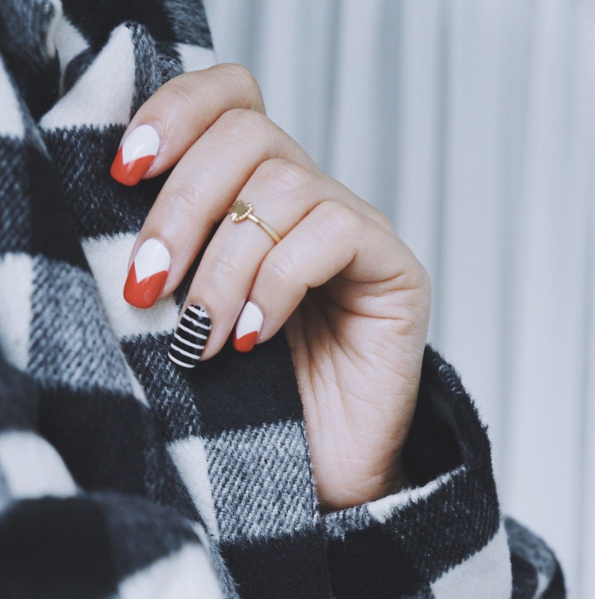Nail Your Manicure Selfie: 6 Tips For Creating Post-Worthy Photos ...