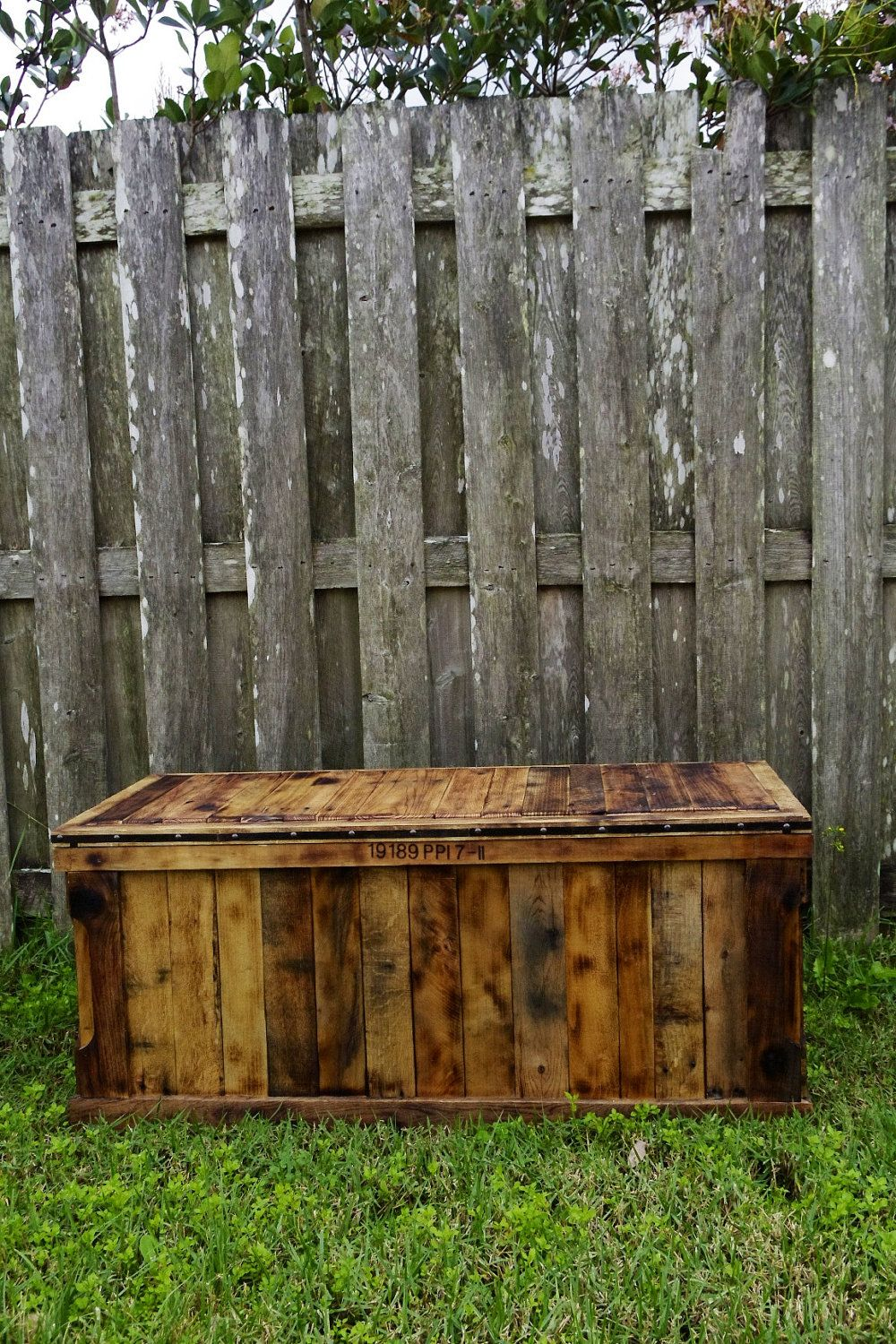 Pallet Love!! a chest made out of Pallets : )