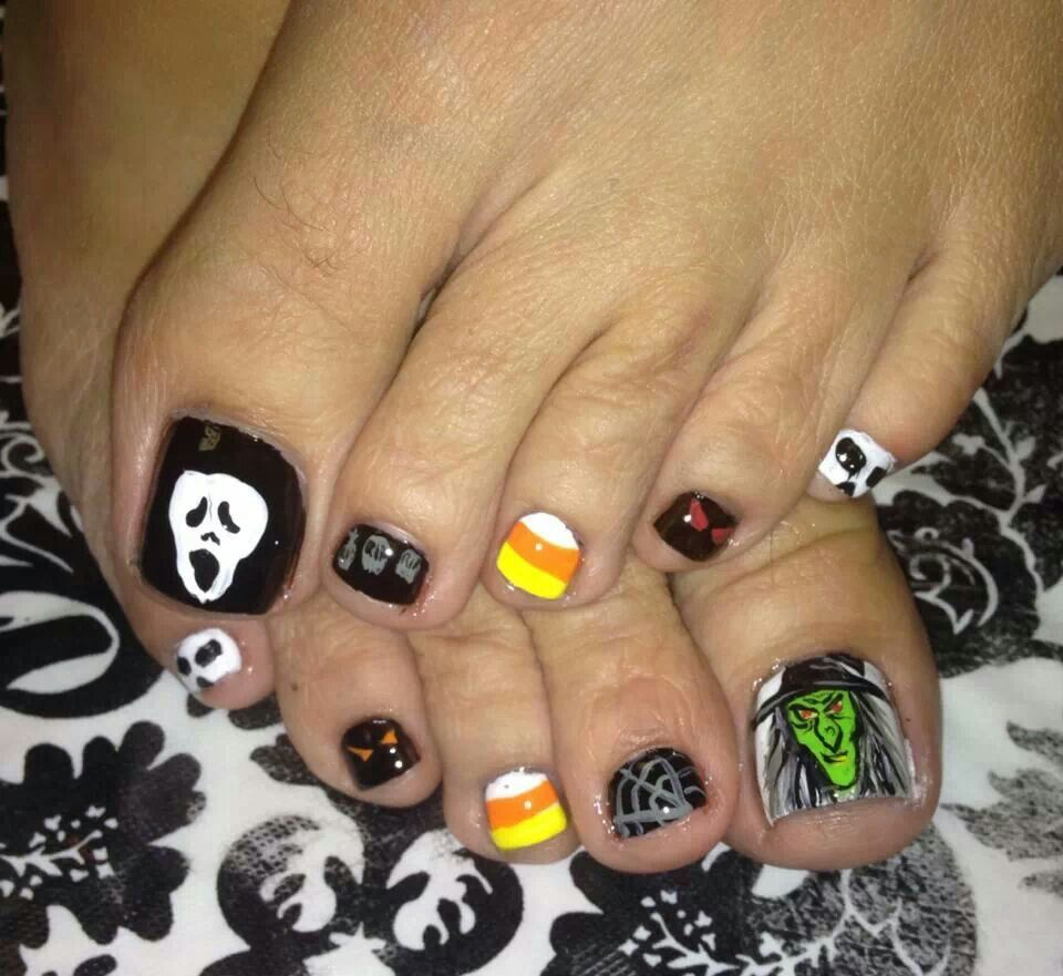 Toe Nail Art Holidays: Halloween Nails By Funky Toes