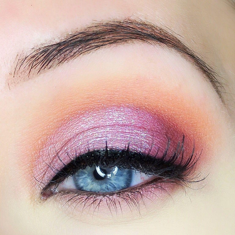 eyeshadow tutorial,eyeshadow ideas,eyeshadow for blue eyes