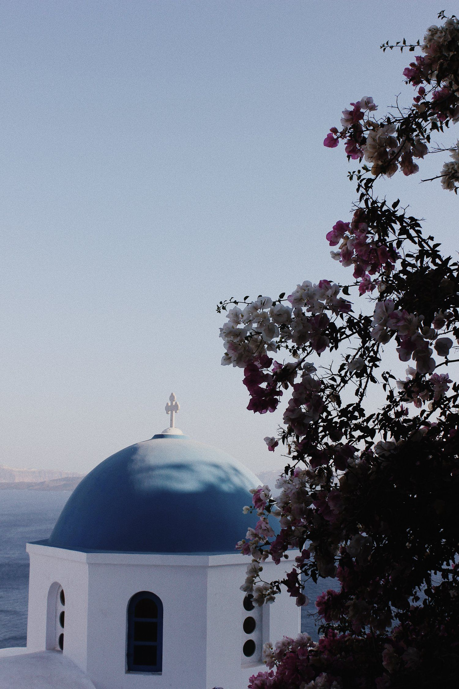 Travel Guide: Santorini   Travel guide, Santorini, Travel