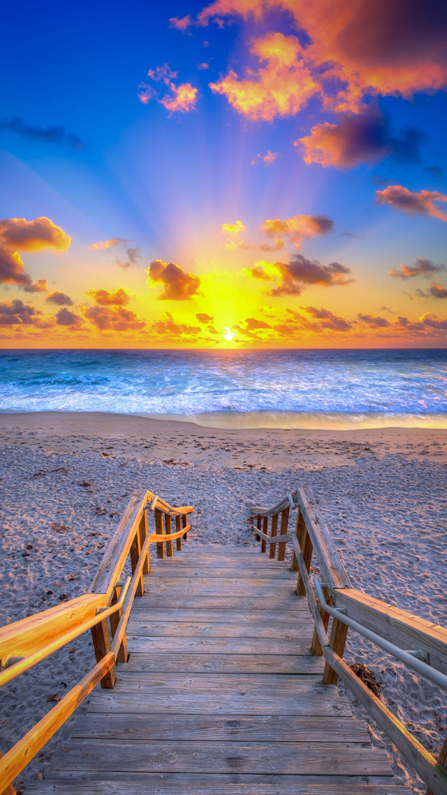 Christmas Eve Beach Sunrise From Jupiter, Florida Photo By: Kim Seng ...
