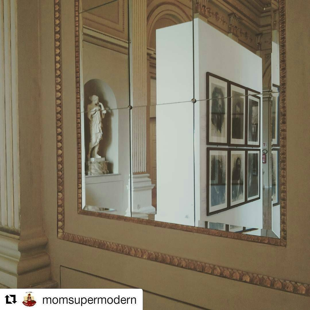#Repost @momsupermodern #mybiennalern #teatrogallirimini #salaressi #biennale #disegno #Rimini #art #bellezza #vivorimini #igersrimini #loves_italy #volgorimini #volgoitalia #ig_emiliaromagna #ig_italy @biennaledisegno