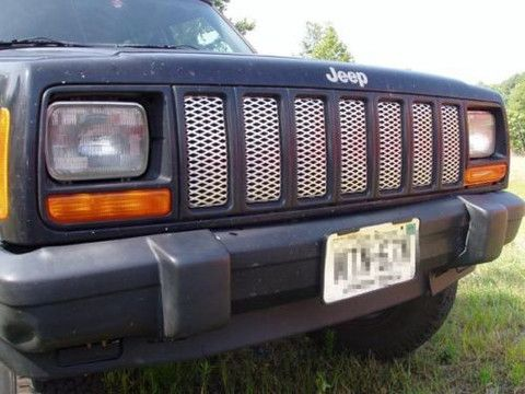 Jeep Cherokee Front Bumper Grille Grill 97 98 99 00 01 Giauto