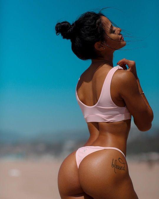 latina-ass-pics-free