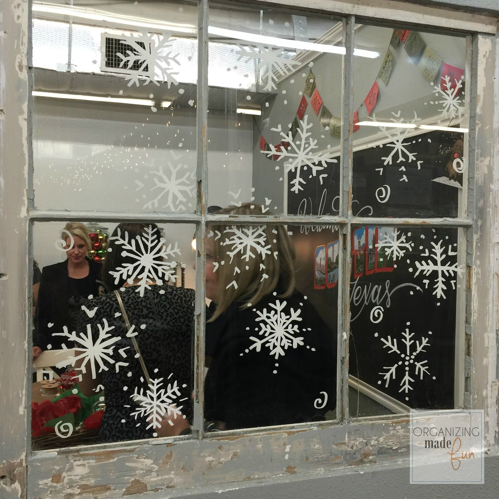 How To Use Chalk Ink Markers Properly Great Tips And Tricks Organizing Made Christmas Window Decorations Christmas Window Painting Painting On Glass Windows