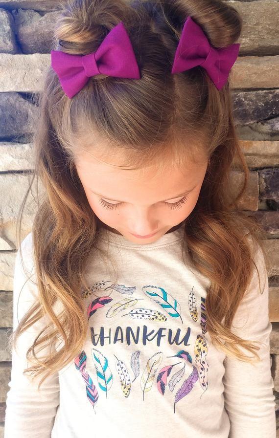 Christmas berry fabric bows-2 mini hair clips- perfect fabric Christmas bows for baby toddlers #babygirlhairstyles