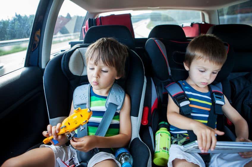 Speelgoed Voor In De Auto En Vakantie Cadeautjes Voor Onderweg In Vliegtuig Mamaliefde Nl Activiteiten Peuters Activiteiten Voor Peuters