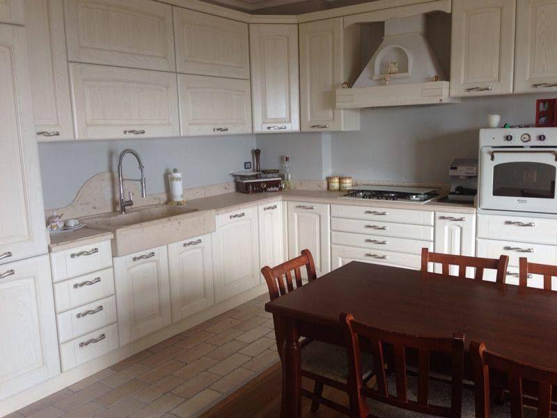 Top cucina in pietra di apricena spazio cucine italy e - Top cucina pietra naturale ...