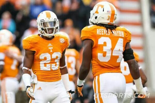 Game Picture 5 of 12, Vol Victory over Kentucky 50-16, 11 ...