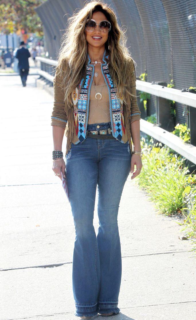 988d3e41b67e Jennifer Lopez 70 s outfit