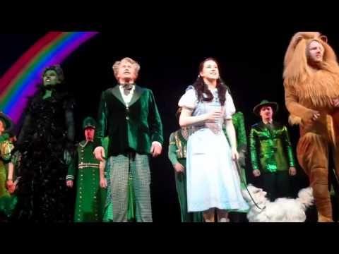 Michael Crawford - Danielle Hope's Final curtain call - Wizard Of Oz -5th February - YouTube