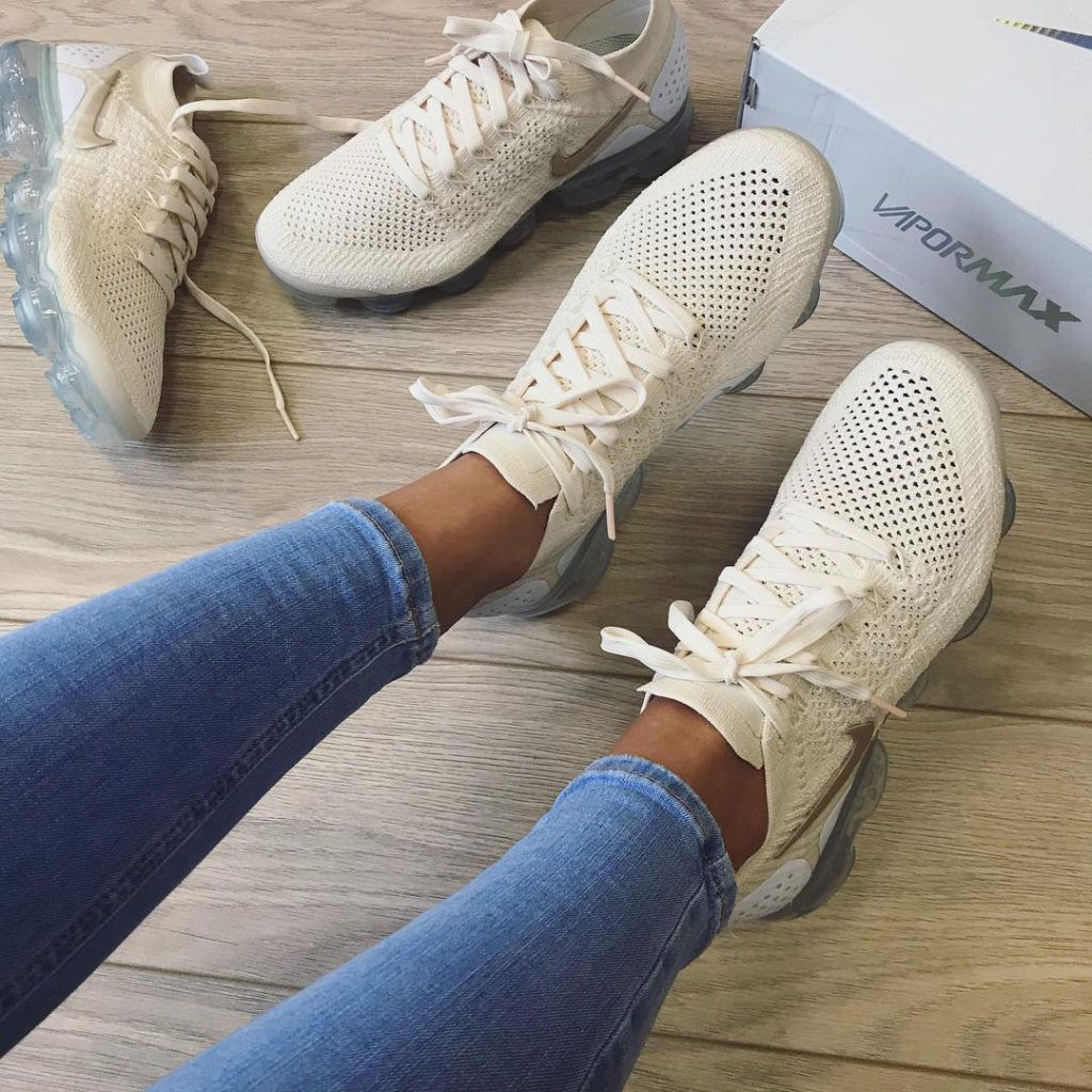 Nike Air Vapormax 2 0 Flyknit Light Cream Snkraddicted Com Nike Schuhe Frauen Sneaker Nike Schuhe Damen