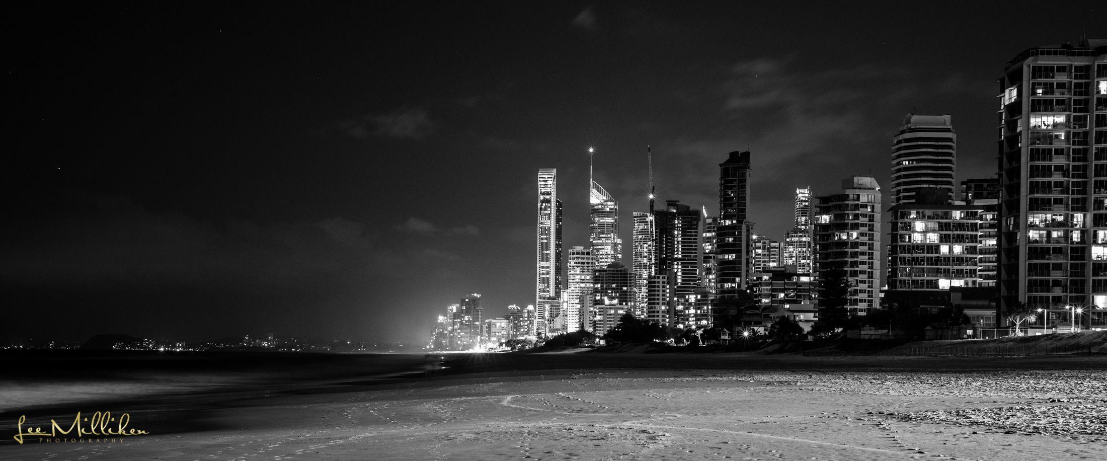 #surfers #surfersparadise #city #night #nightshot #beach #paradise #b&w #q1 #australia #photo #nikon #nikonshooter #landscape #landscapephotogrpahy #leemillikenphotography