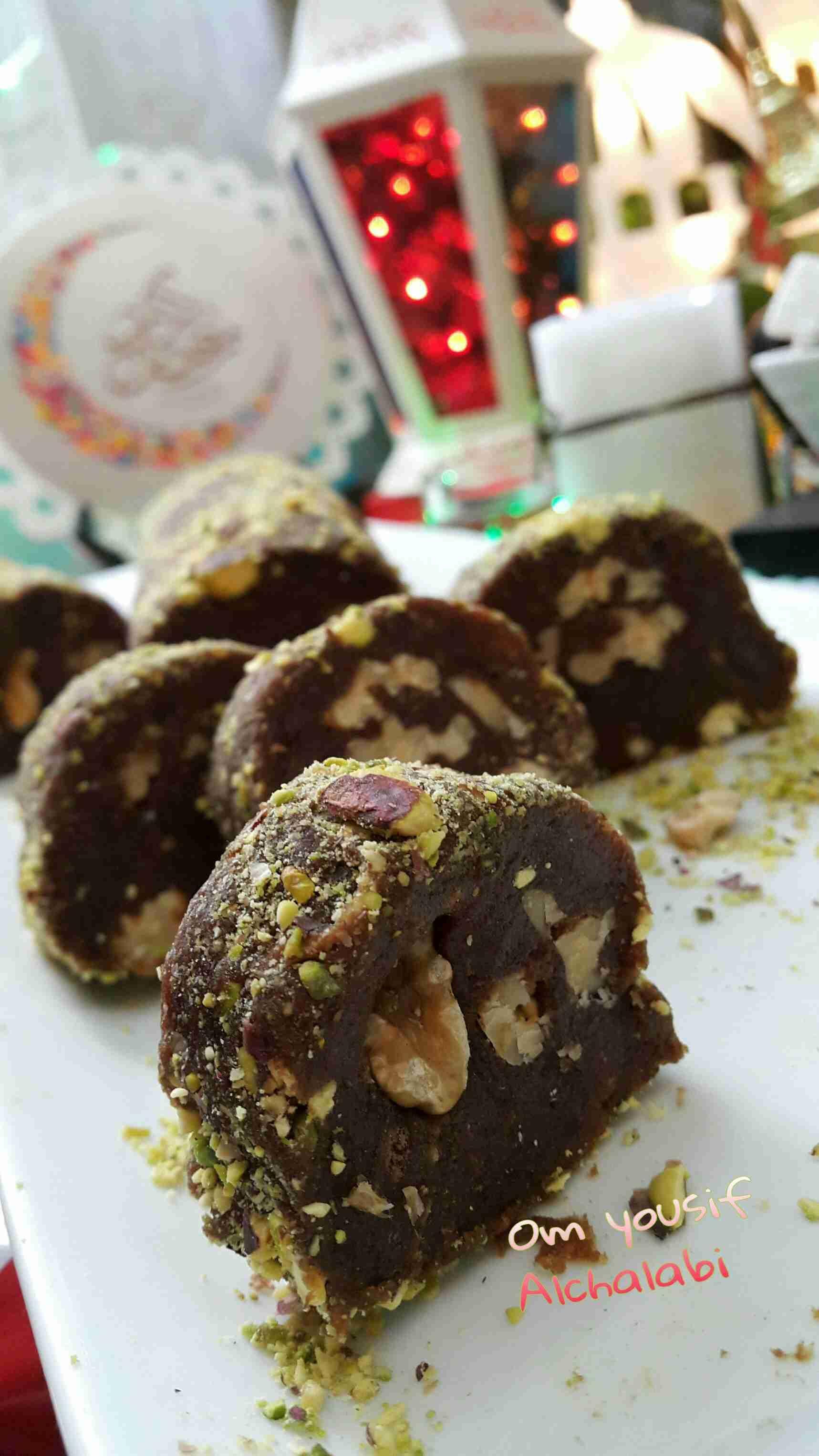 رول التمر بالمكسرات حلويات فخمة لشهر رمضان احفظوها عندكم زاكي Food Desserts Brownie