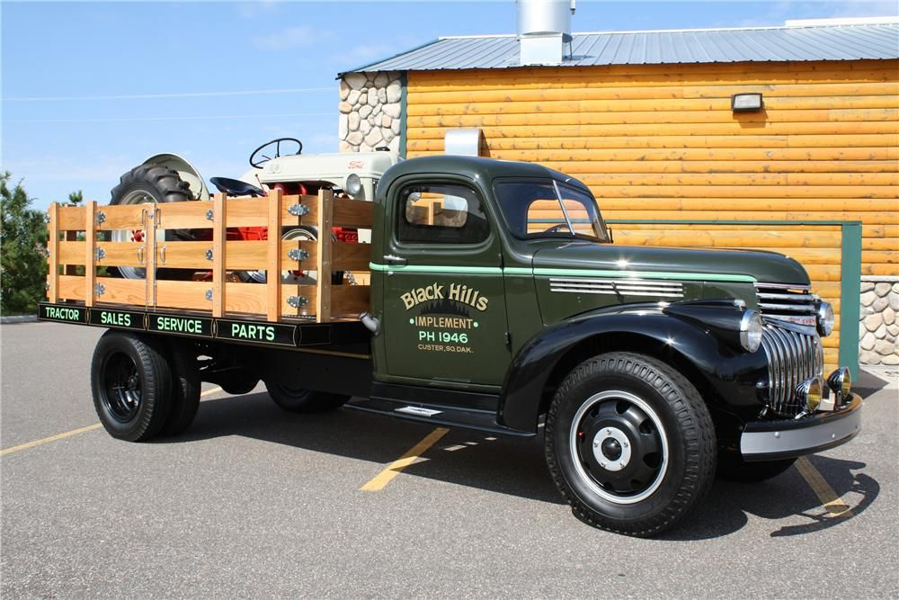 1946 Ford Flatbed Truck 1946 Chevrolet Flatbed Truck | ??? Things ...