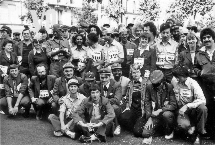 Photo de classe Marche des facteurs de 1985, La Poste - Copains d'avant